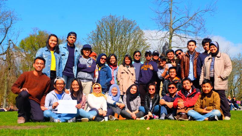 """Perhimpunan Pelajar Indonesia (PPI) Amsterdam Gelar """"Ngobar"""" Tips Management Waktu Pelajar Eropa"""