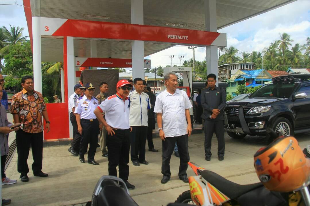 H. Tanri Abeng Kunker Di Selayar, Tinjau APMS dan Pelabuhan TPI