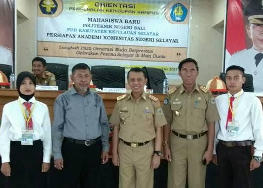Sekda Buka Orientasi Maba Politeknik Negeri Bali, Dr. H. Tamrin Aziz, M.Si Hadir Sebagai Pemateri