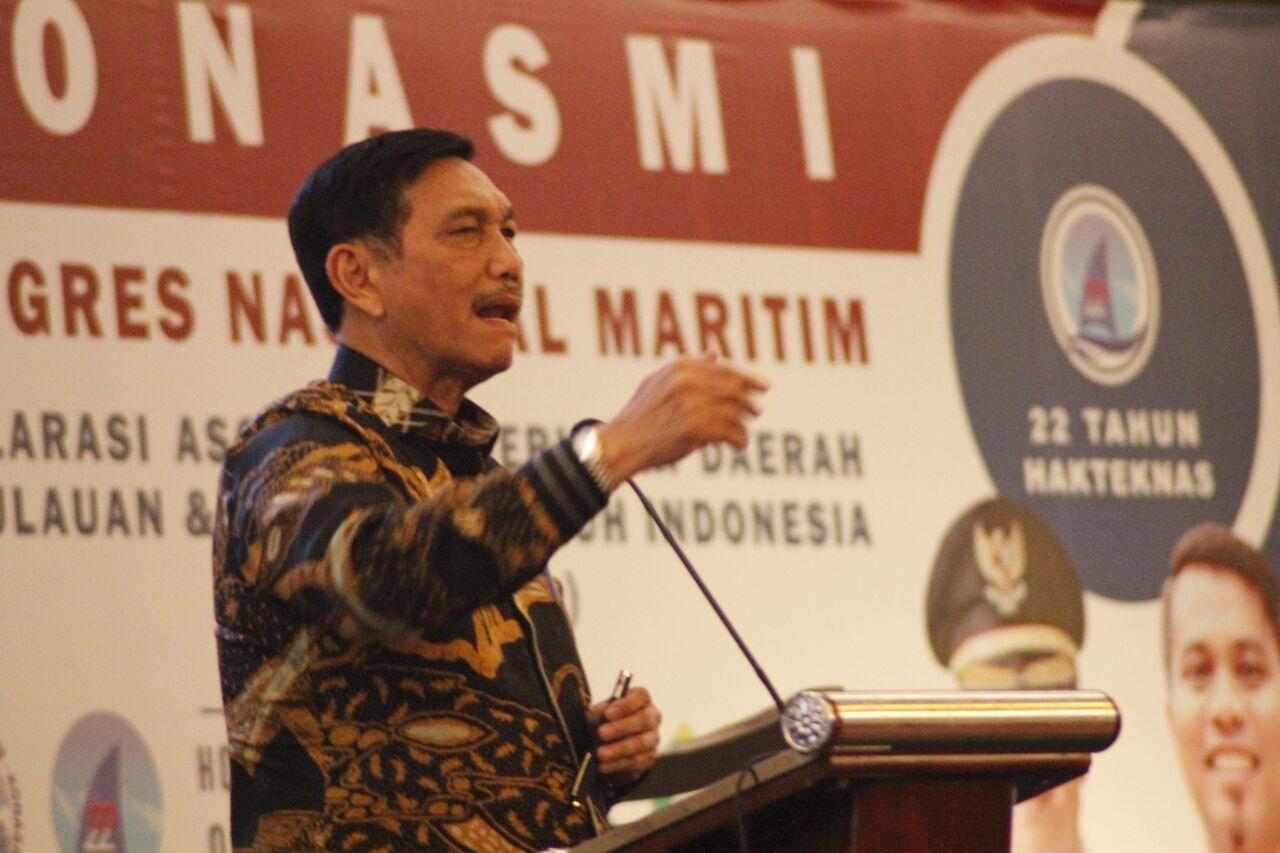 Menko Maritim Buka Kongres Nasional Maritim & Deklarasi Asosiasi Pemerintah Daerah Kepulauan & Pesisir