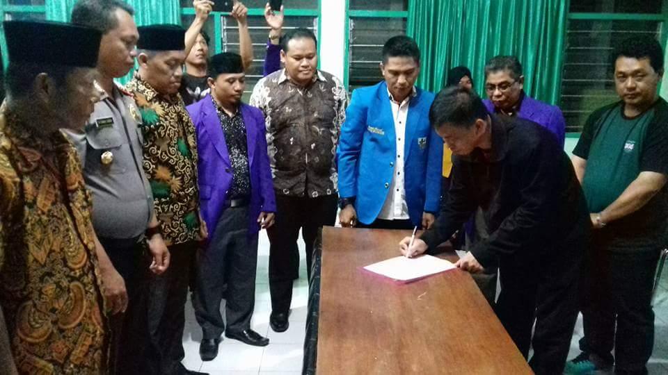 Selain Donasi Untuk Rohingya, KNPI Kepulauan Selayar Bersama FKUB juga Deklarasi Kemanusiaan dan Keagamaan di Selayar