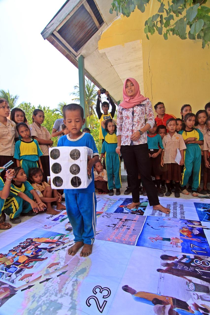 School Visit Taman Nasional Taka Bonerate, Belajar dan Bermain Konservasi